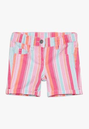 BERMUDA - Shorts - purple