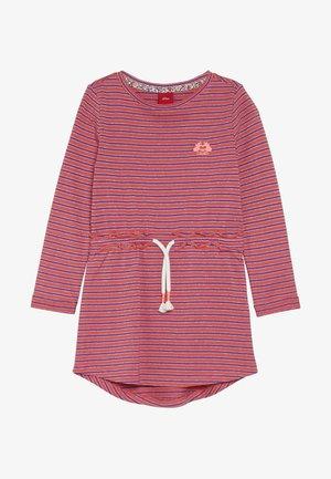 KURZ - Žerzejové šaty - pink