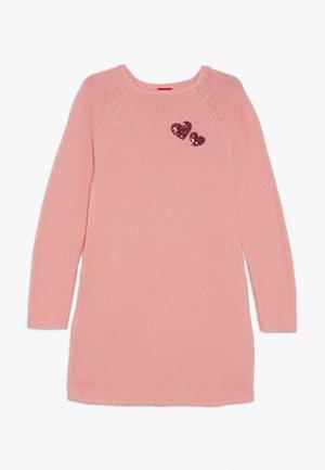 Sukienka dzianinowa - light pink