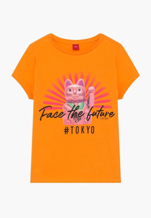 KURZARM - T-shirts print - orange