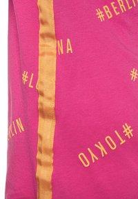 s.Oliver - KURZARM - T-Shirt print - pink - 2