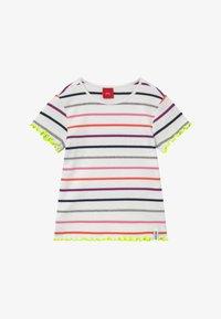 s.Oliver - KURZARM - T-shirt imprimé - white - 2