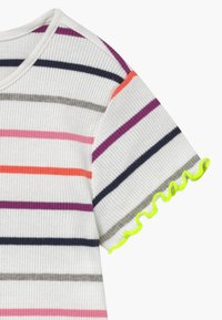 s.Oliver - KURZARM - T-shirt imprimé - white - 3