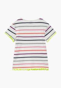 s.Oliver - KURZARM - T-shirt imprimé - white - 1
