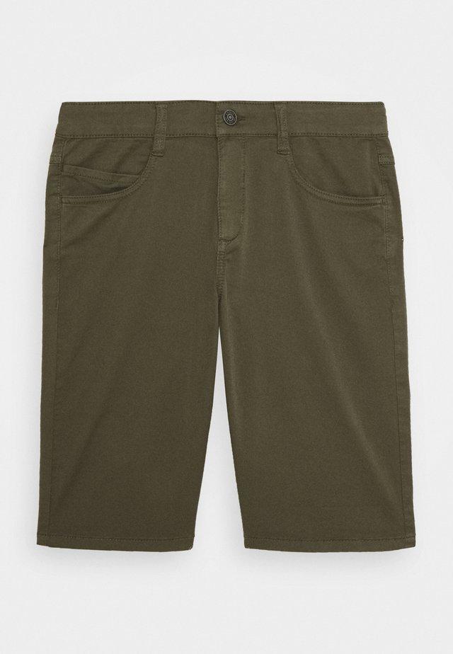 KURZ - Shorts - green