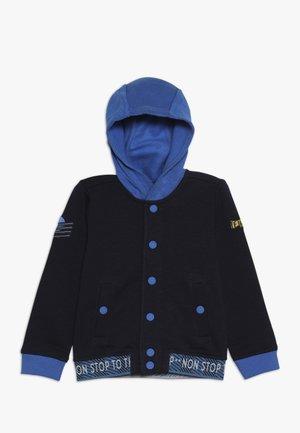 Collegetakki - dark blue