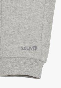 s.Oliver - Trousers - grey melange - 4