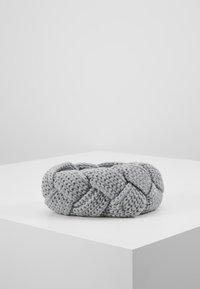 s.Oliver - STIRNBAND - Ear warmers - silver grey melange - 2