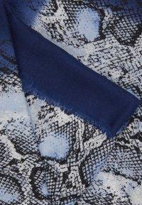 s.Oliver - Sjal - blue place - 2