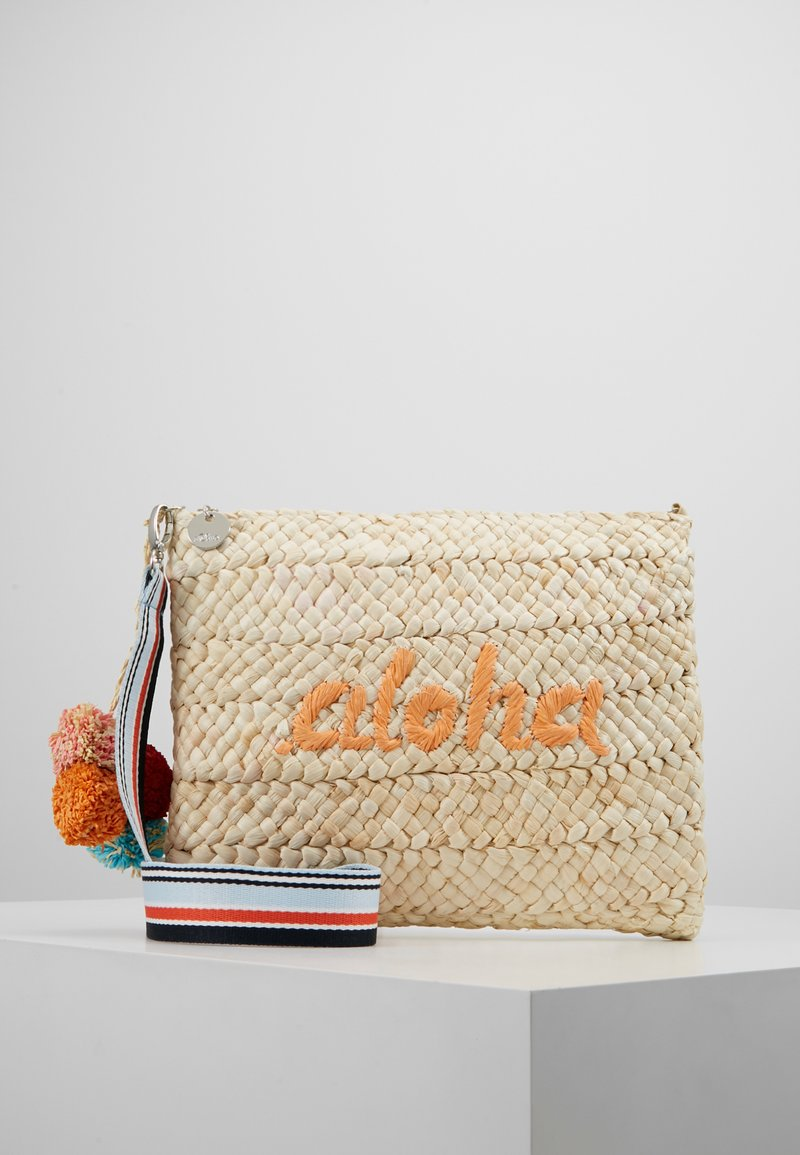 s.Oliver - CITY BAG - Clutch - yellow