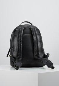 s.Oliver - Mochila - black - 2