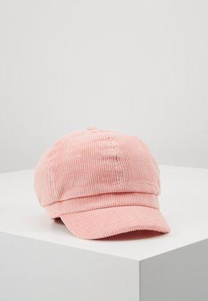 Kšiltovka - light pink