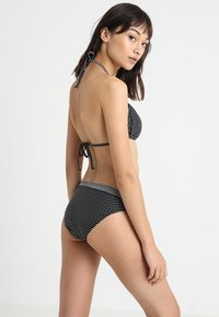 s.Oliver - TRIANGLE - Bikinitop - black - 2