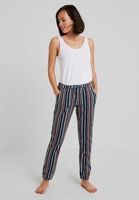 s.Oliver - PLAYFUL DREAMS PANTS - Pantaloni del pigiama - multicoloured - 1