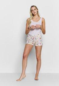 s.Oliver - SHORTS - Pyjama bottoms - light pink - 1