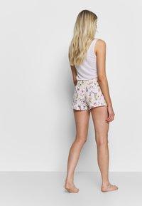 s.Oliver - SHORTS - Pyjama bottoms - light pink - 2