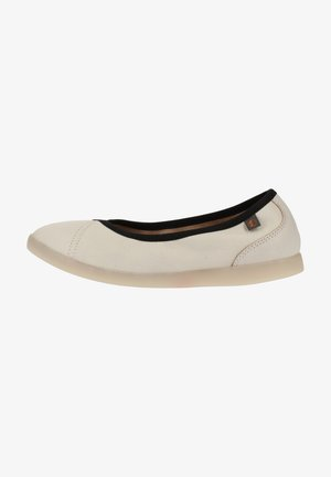 Ballet pumps - white