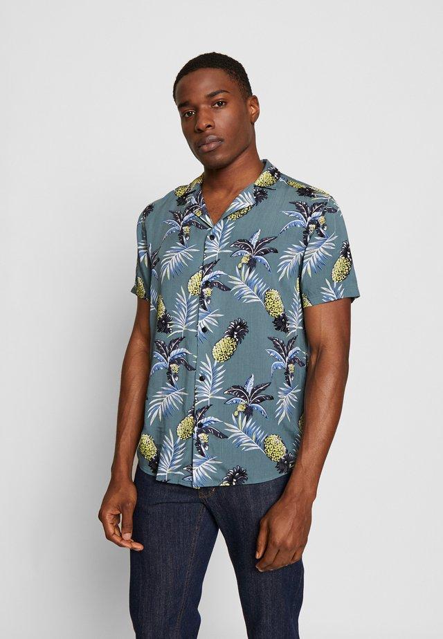 BRANDO CUBA TROPIC - Overhemd - hedge gree