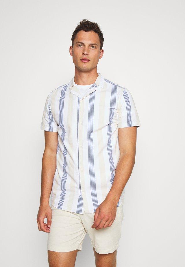 BRANDO CUBA STRIPE - Skjorte - bleached