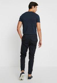 Solid - TRUC CUFF - Pantalon classique - insignia - 2
