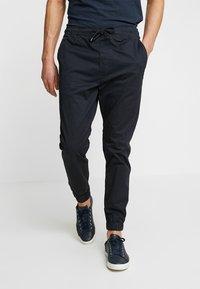 Solid - TRUC CUFF - Pantalon classique - insignia - 0