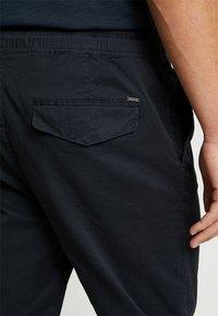 Solid - TRUC CUFF - Pantalon classique - insignia - 5