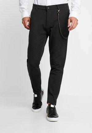 TRAVIS CROPPED SLIM - Trousers - dark grey melange