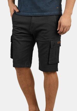LAURUS - Shorts - black
