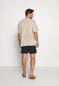 Solid - GUBI ELASTIC - Shorts - black - 2