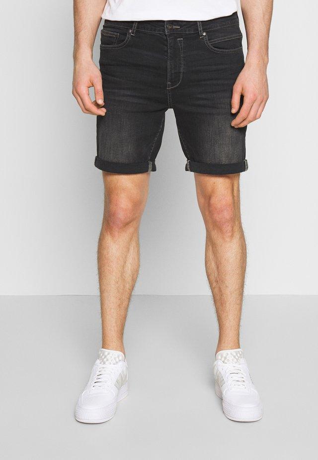 REGULAR RYDER - Short en jean - grey denim