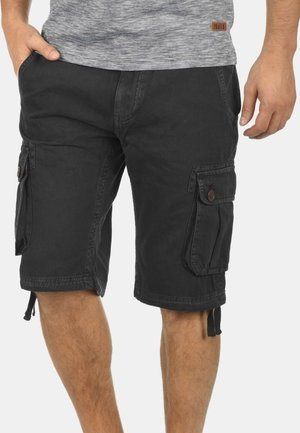 VIZELA - Shorts - black