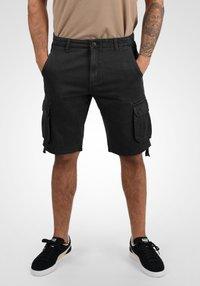 Solid - VIZELA - Shorts - black - 0