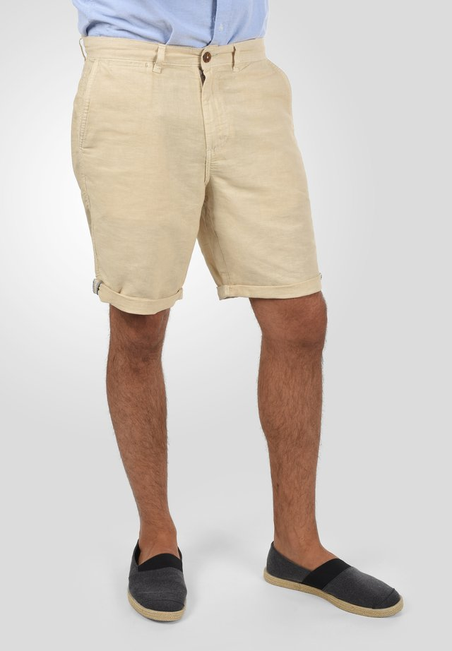 LORAS - Shorts - bleached sand