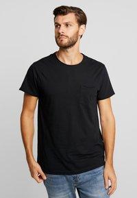 Solid - GAYLIN - T-shirts - black - 0