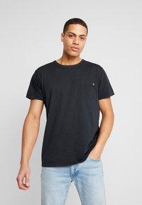 Solid - FELIN - T-shirt basic - black - 0