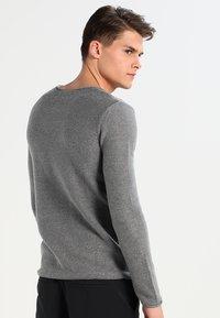 Solid - JARAH - Stickad tröja - grey melange - 2