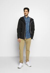 Solid - JACKET HUNT - Lehká bunda - black - 1