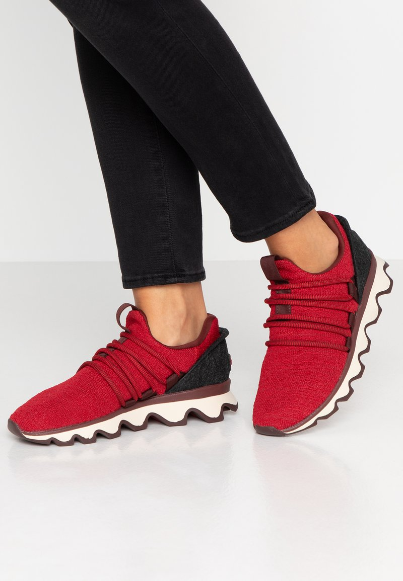 Sorel - KINETIC LACE - Trainers - mountain red