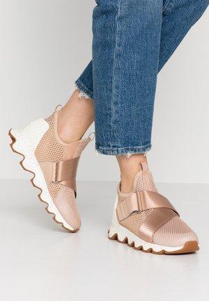 KINETIC - Sneaker low - natural tan