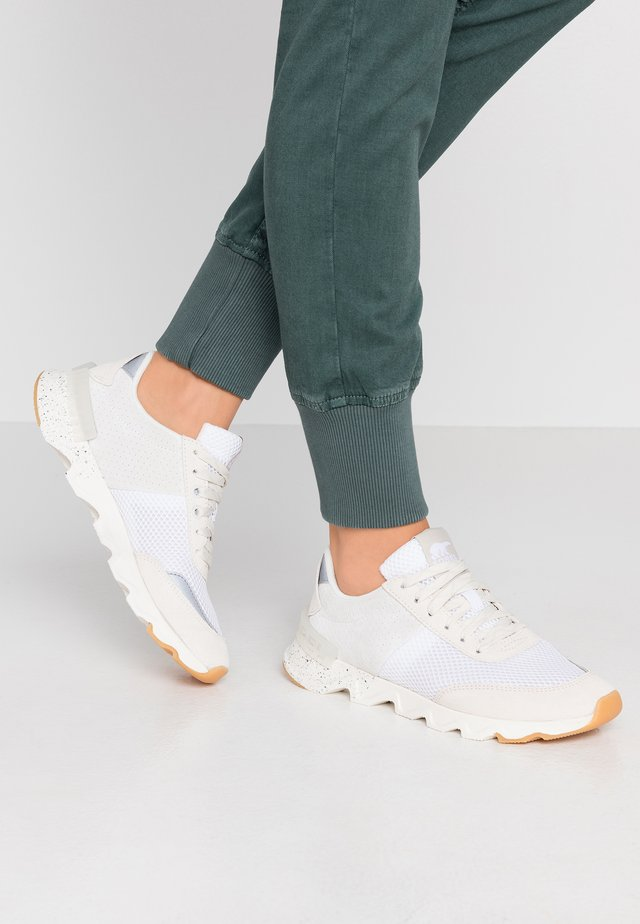 KINETIC LITE LACE - Sneakers - white