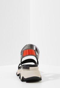 Sorel - KINETIC  - Walking sandals - dove - 4