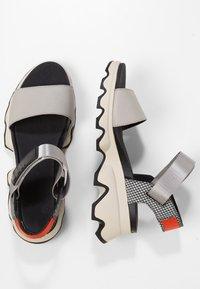 Sorel - KINETIC  - Walking sandals - dove - 2