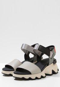 Sorel - KINETIC  - Walking sandals - dove - 3