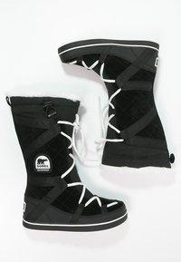 Sorel - GLACY EXPLORER - Zimní obuv - black - 3