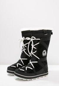 Sorel - GLACY EXPLORER - Zimní obuv - black - 2