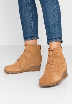 EVIE  - Boots à talons - camel brown