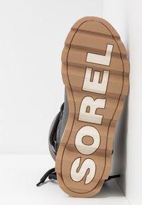 Sorel - KINETIC - Zimní obuv - quarry - 6
