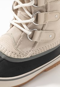 Sorel - JOAN OF ARCTIC - Stivali da neve  - dark stone/sea salt - 2