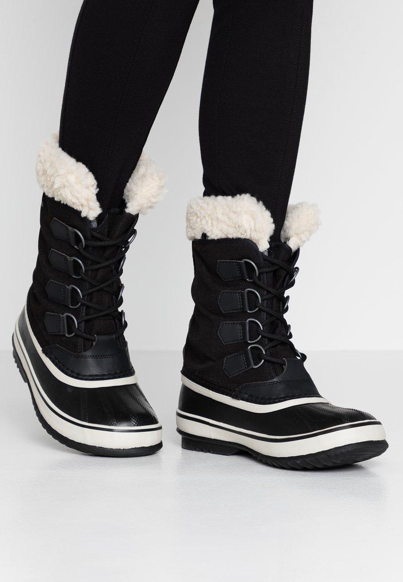 Sorel - WINTER CARNIVAL - Zimní obuv - black/stone