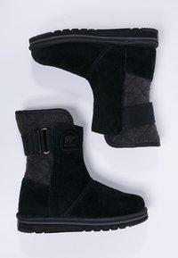 Sorel - NEWBIE - Zimní obuv - black - 1